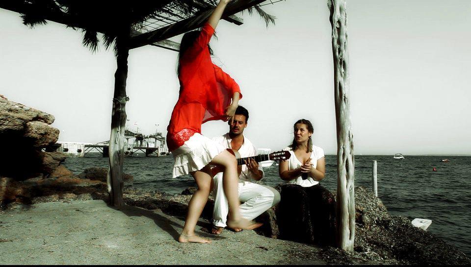 Adriana Bilbao, Elena Morales & Guillermo Guillén