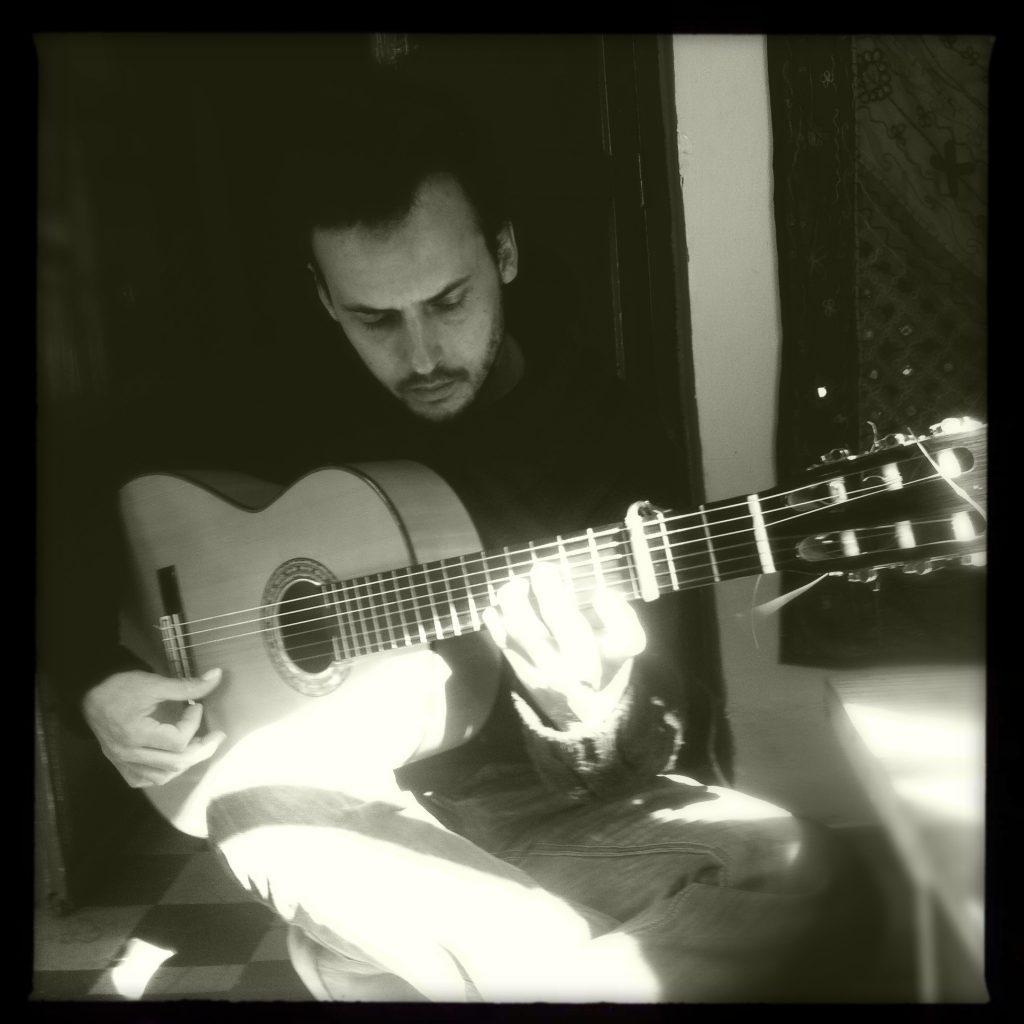 Guillermo Guillén Guitar N&B 2